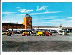München, Riem, alter Flughafen, Lufthansa-Flugzeuge beim betanken/entladen, Tankwagen, ungel., i.O.