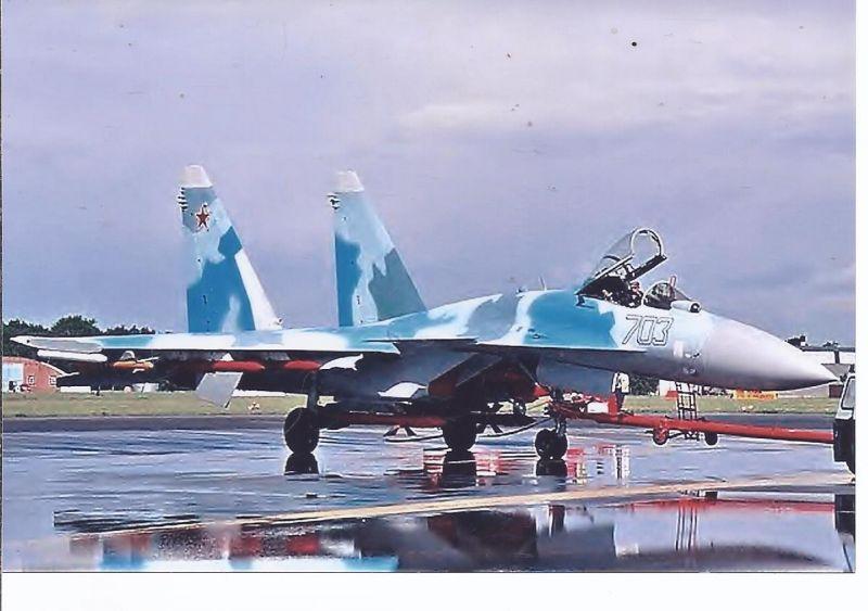 Kampfflugzeug Foto  RUSSIA AIR FORCE  Sukha SU 35