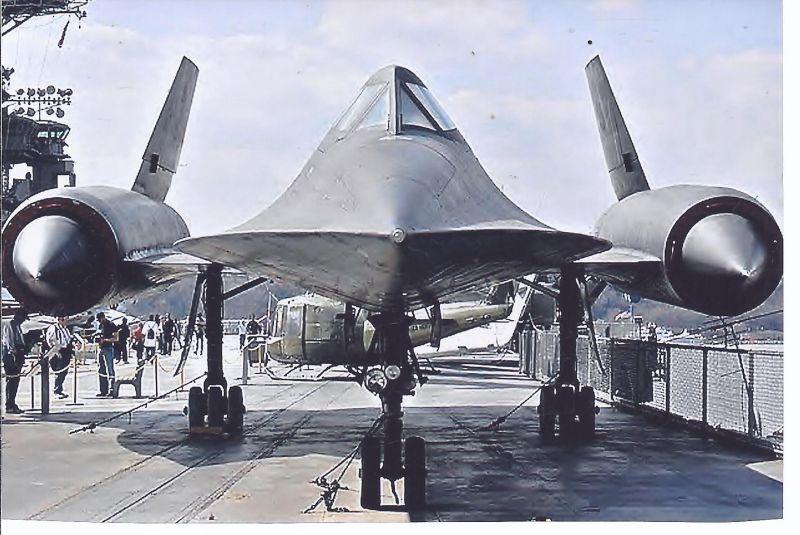 Kampfflugzeug  Foto USA AIR FORCE  Lockhead A 12 Blackbird