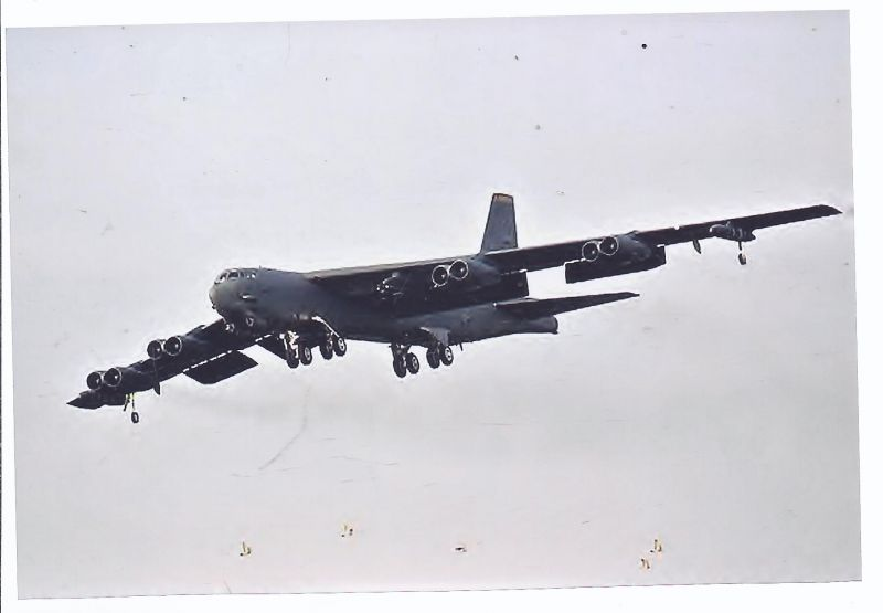 Kampfflugzeug Foto  USA AIR FORCE  Boeing B 5214 Stratofortress