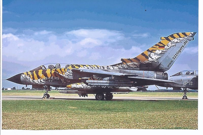 Kampfflugzeug Foto  German AIR Force  Panavia Tornado ECR