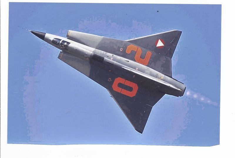 Kampfflugzeug Foto Austra Air Force Saab J 350 E Draken