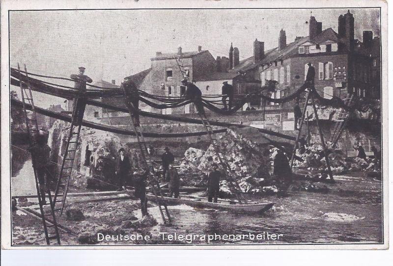 Militär-Malb - Deutsche Telegraphenarbeiter  in Feindesland beim Legen eines Kabels über eine zerstörte Brücke
