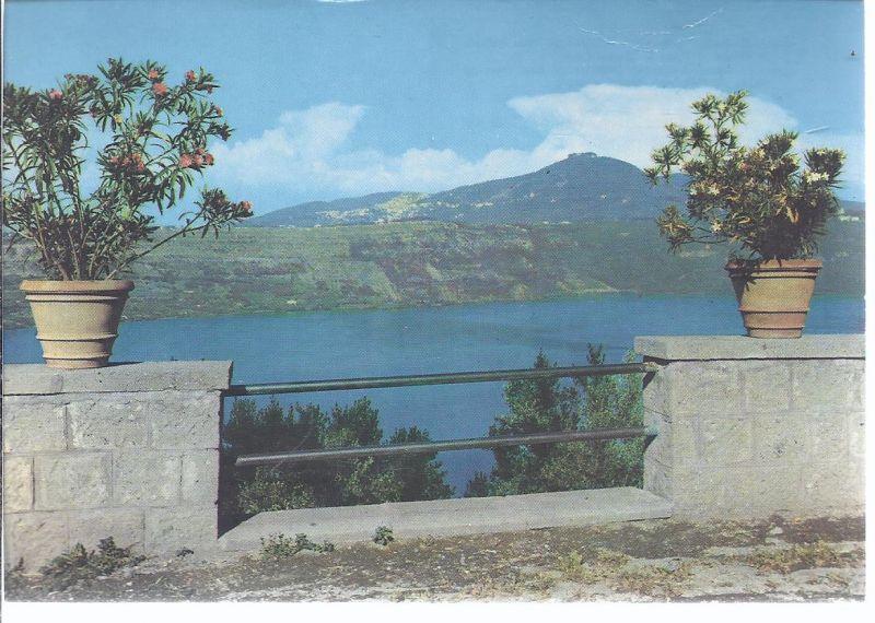 77419  - See von Castel Gandolfo und Blick auf Rocca di Papa und Ciavo Berg