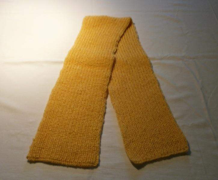 Handgestrickter Schal