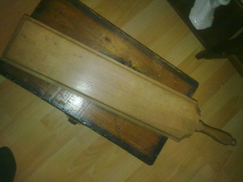 antikes pl ttbrett aus eichenholz oldthing sonstiges k che haushalt. Black Bedroom Furniture Sets. Home Design Ideas