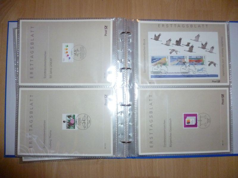 Biete Sammlung Erstagsblätter in Schutzhüllen Jahrgang 1995 Blatt 1 bis 1996 Blatt 41 alle Blätter sind vorhanden und in einem Ringordner untergebracht. Alles sehr sauber einsortiert gut zum weitersammeln geeignet.