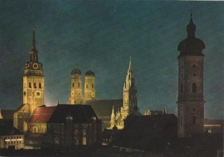 München am Abend - Türme der Stadt - ca. 1975