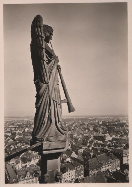 Freiburg - Posaunenengel am Münsterturm - ca. 1955 0
