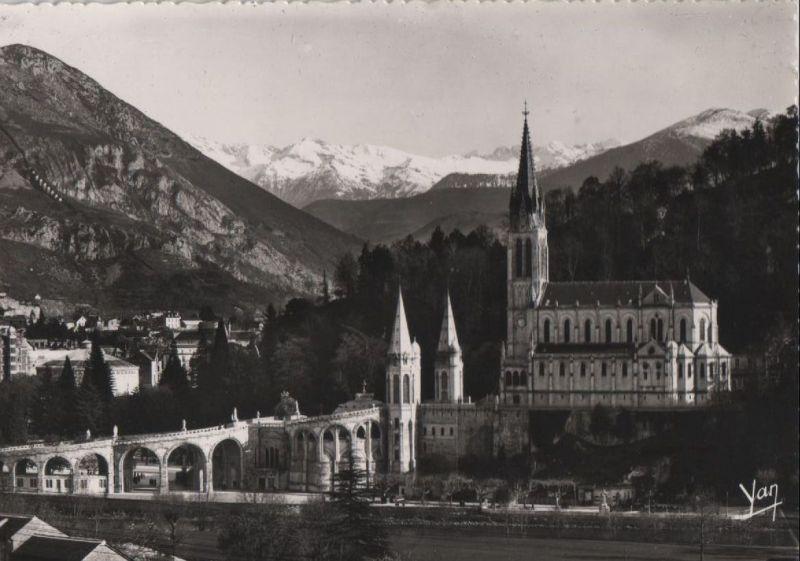 Frankreich - Frankreich - Lourdes - La Basilique - ca. 1960