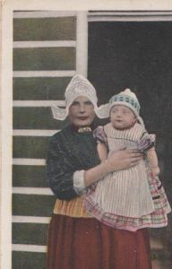 Niederlande - Niederlande - Volendam - Moeder en kind - ca. 1935