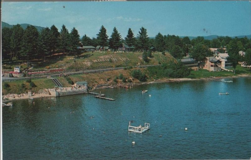 USA - USA - Schroon Lake - Main builings and docking area - 1970