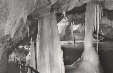 Österreich - Österreich - Dachstein b. Obertraun - Eishöhle - ca. 1955