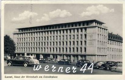 kassel v 1956 haus der wirtschaft am st nderplatz mit alte pkw s 25958 nr 200686070. Black Bedroom Furniture Sets. Home Design Ideas