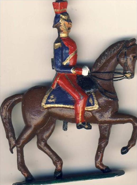 Antik-Zinn-Soldat auf dem Pferd ´ca. von 1938  --- siehe Foto !!   (2)
