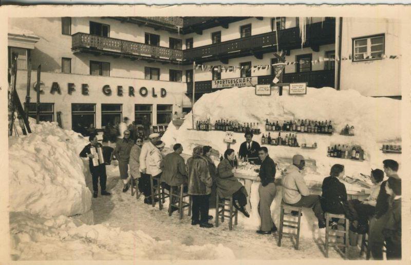 Hochsölden v. 1960  Eis-Bar vor dem Berghotel