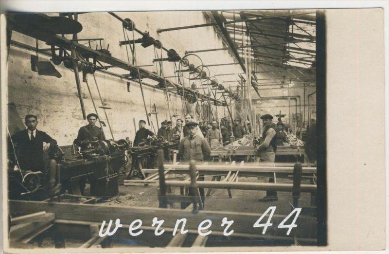 Arbeiter in der Fabrik v.1916 (3322)