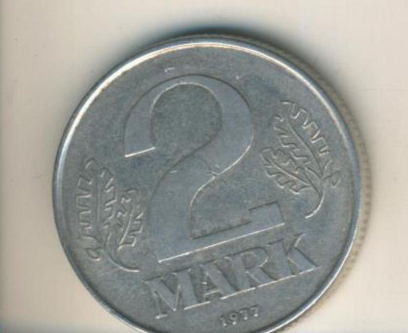 DDR v. 1977  2 Mark  (49161)