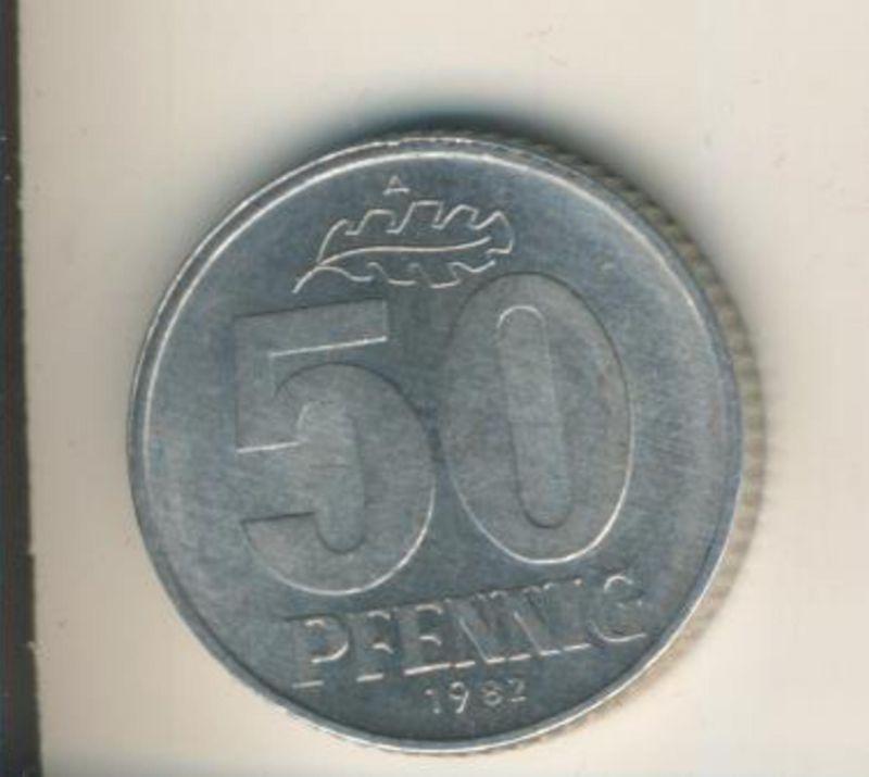 DDR v. 1982  50 Pfennig  (49163)