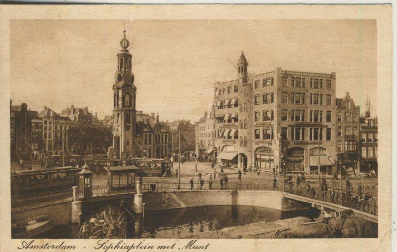 Amsterdam v. 1919  Sophiaplein met Munt  (50955)