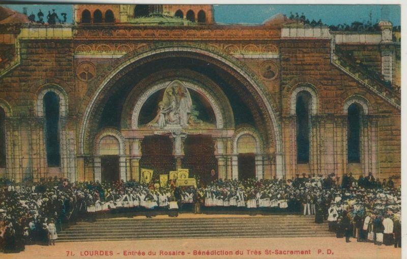 Lourdes v. 1914  Entree du Rosaire-Benediction du tres St-Sacrement  (50969)