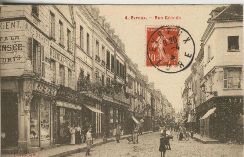 Evreux v. 1920  Rue Grande mit Geschäfte  (50975)