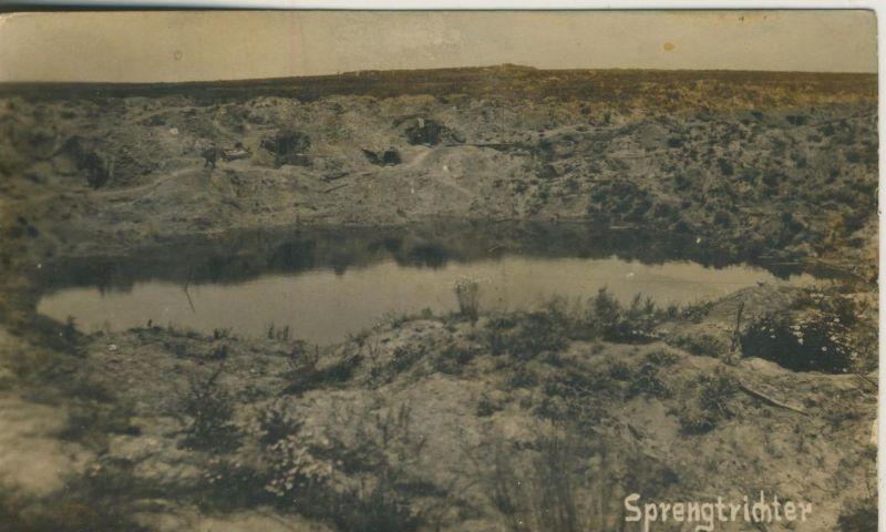 1. Weltkrieg v. 1916  Sprengtrichter  (51631)