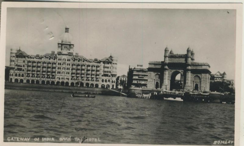 Bombay v. 1951  Gateway of India and Tai Hotel  (53899-16)