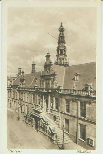Leiden v. 1918   Stadhuis  (24665)