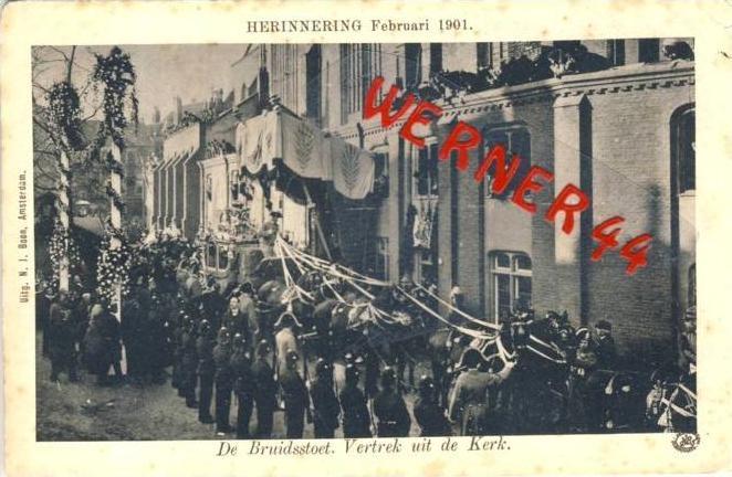 NIEDERLANDE ### Herinnering  v. Febr. 1901 De Brouidsstoet-Vertrek uit de Kirk   (26642-06)