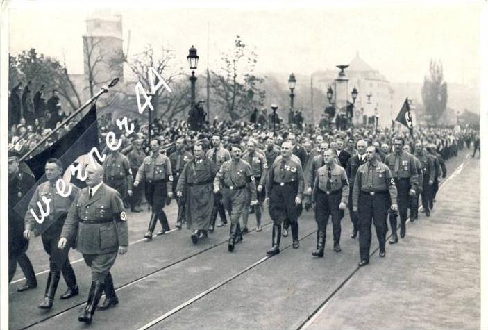 Sammelwerk Nr. 15  v. 1934  Wiederholung des historischen Marsches am 9. Dez. 1934  -- siehe Foto !!  (32192)