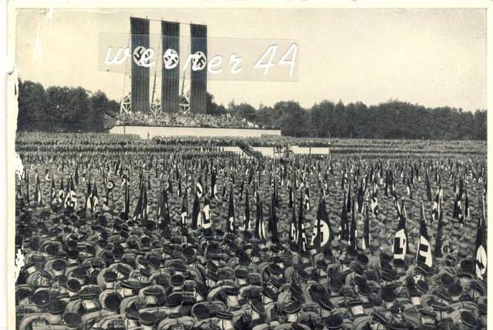 Sammelwerk Nr. 8  v. 1933  Parteitag in Nürnberg von 1933-- siehe Foto !!  (32199-12)