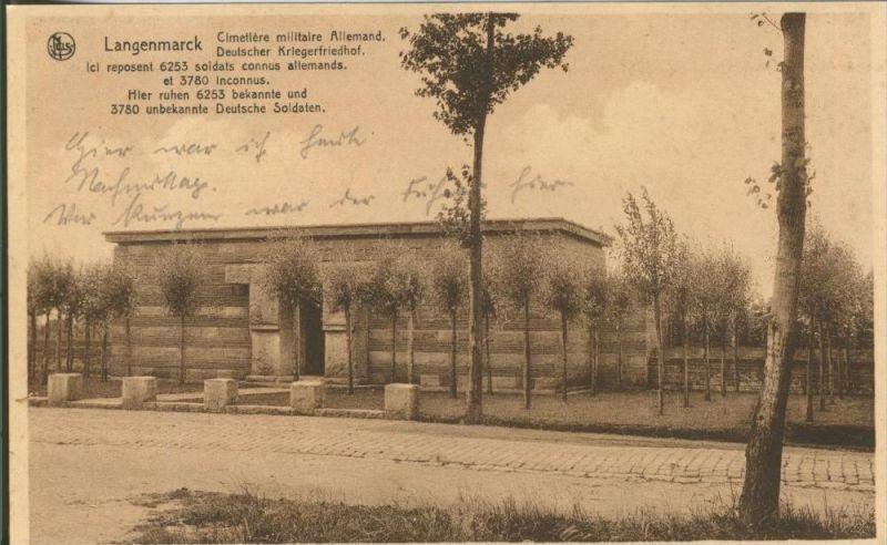 Langenmarck v. 1916 Deutscher Kriegsfriedhof -- siehe Foto !!  (29624)