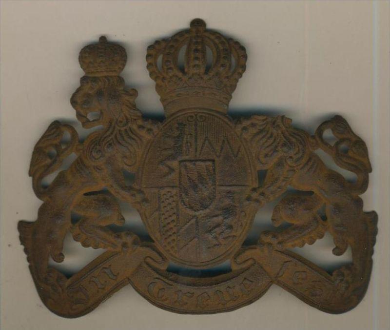 Helm-Emblem o.ä.