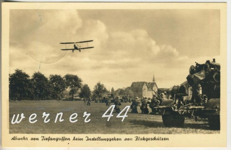 Abwehr von Tiefangriffen beim Instellunggehen von Flakgeschützen v. 1943 (2475)