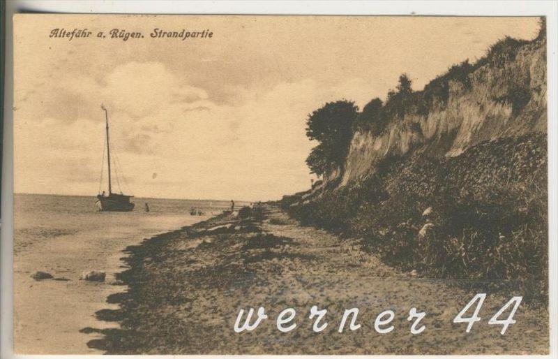 Altefähr auf Rügen v.1926 Strand & Fischerboot (3371)