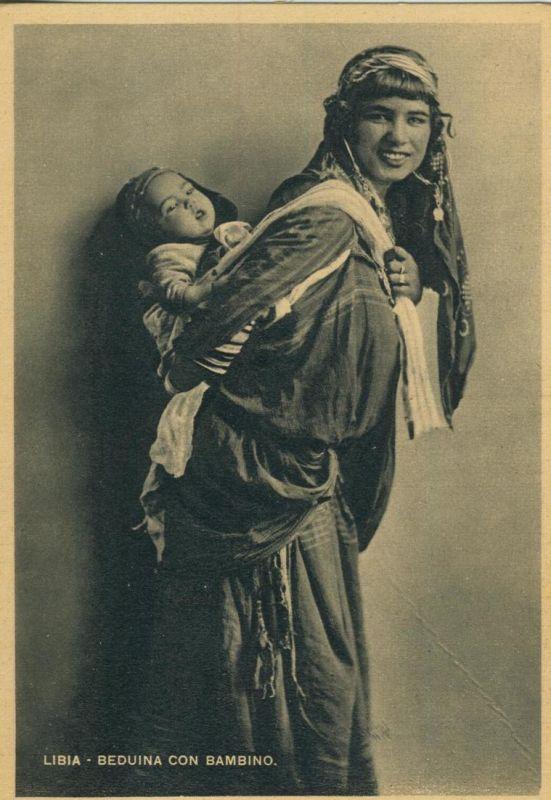 Libia / Libyen v. 1938  Beduina con Bambino  (52809)