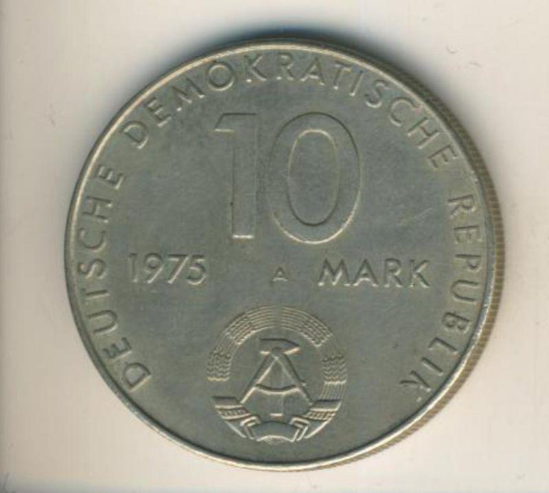 DDR v. 1975  10 Mark  (49012)
