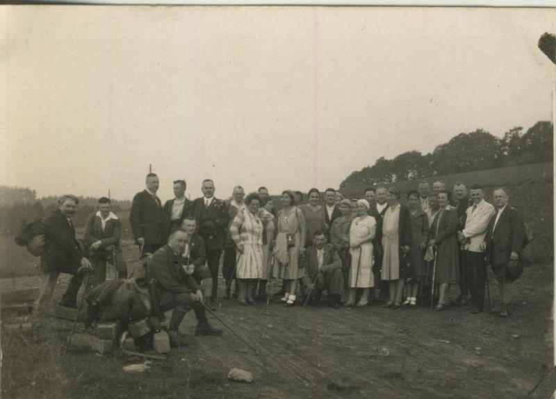 Sterkrade v. 1930  Gruppe des S.G.V. Ortsgruppe Sterkrade auf Wald und Flur unterwegs  (54232) 0