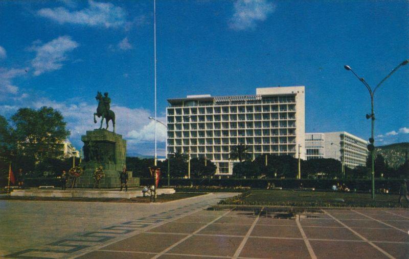 Izmir v. 1972 Monument a Atatürk et Hotel dÈphes  (55206)