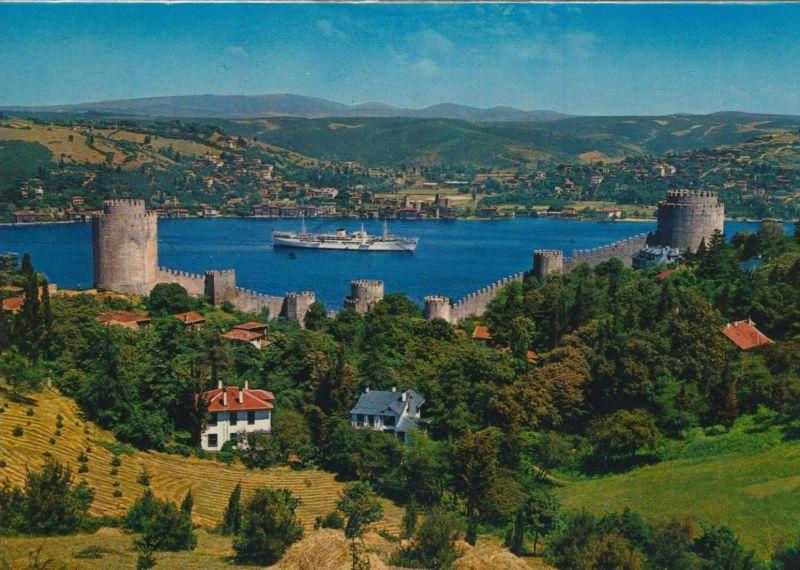 Istanbul v. 1972  Blick aus Europa auf Asien mit Burg und Bosphorus  (55208)