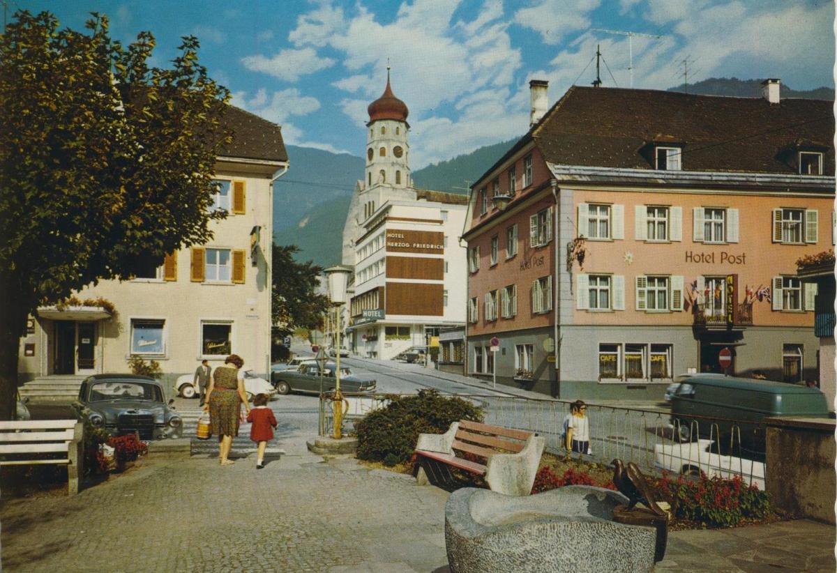 Neukirchen a. W. v. 1974  Luftaufnahme - Dorfansicht  (56826)