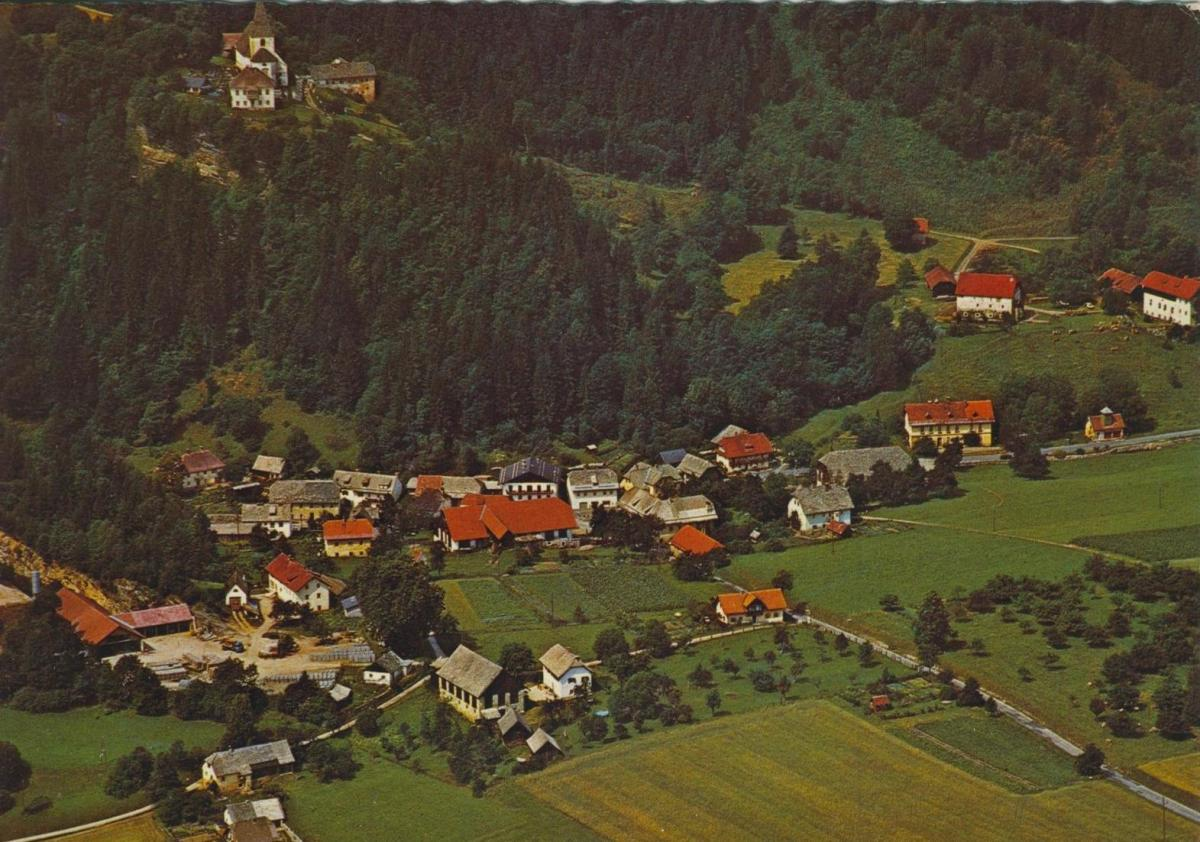 Tiffen v. 1974  Luftaufnahme - Dorfansicht  (56854)