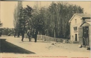 Bourg Madame v. 1926  Le Porte des Douanes Francaises   (52349)