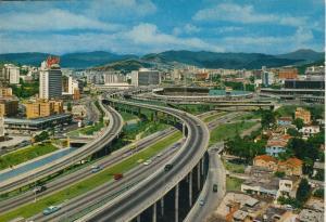 Caracas v. 1969  Cruce de las autopistas Ilamado