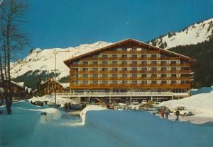 Morgins v. 1984  Hotel Bellevue (55099)