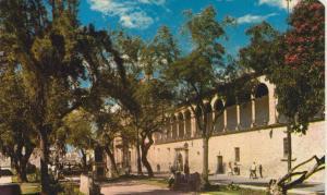 Marelia v. 1976  Garden and Ex-Convent of the Roses  (56078)