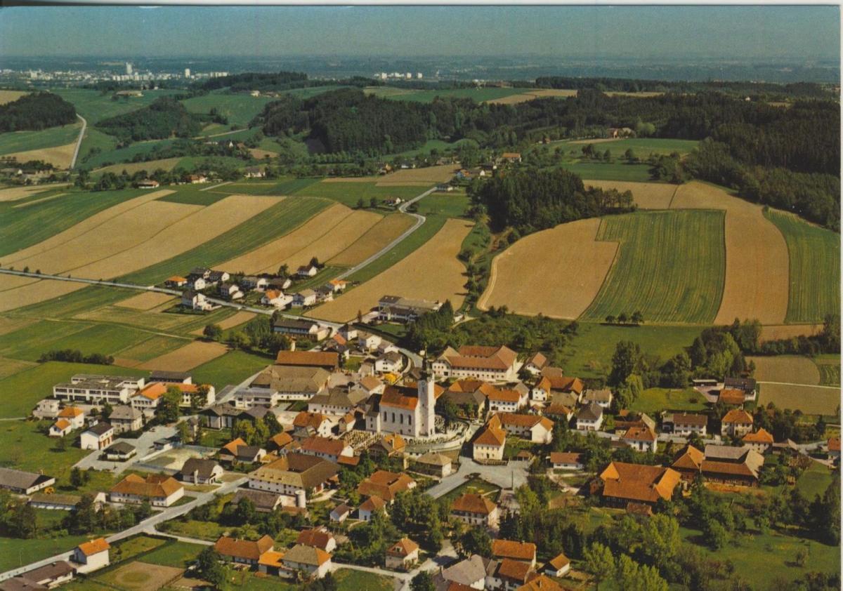 Picht bei Wels v. 1974  Luftaufnahme - Dorfansicht  (56819) 0