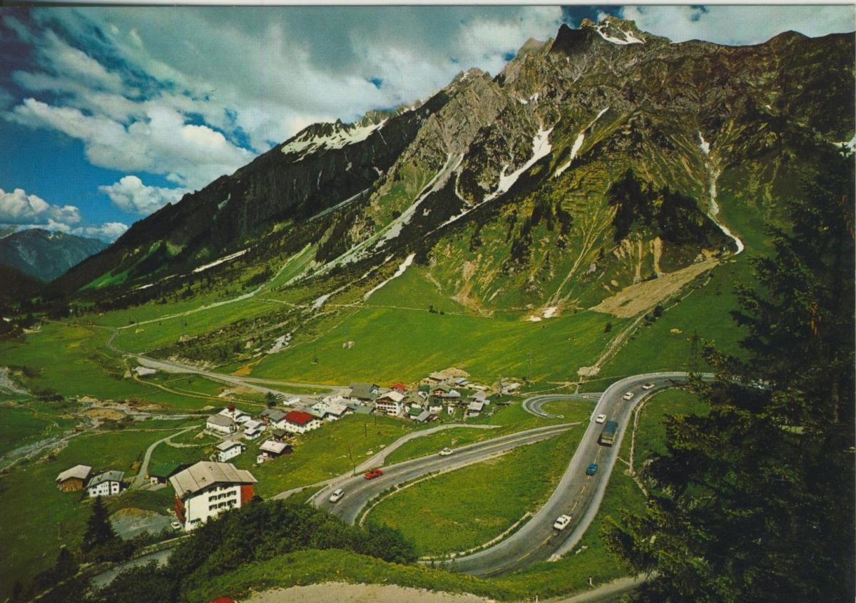 Stuben v. 1974  Dorf,HotelmArlbergstrasse  (56846) 0