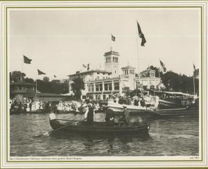 Hamburg v. 1905  Das Uhlenhorster Fährhaus wärend einer großen Ruder-Regatta  (57543)